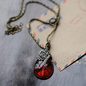 Vintage Simple All-match Style Red Heart Necklace Graceful Exquisite Gift