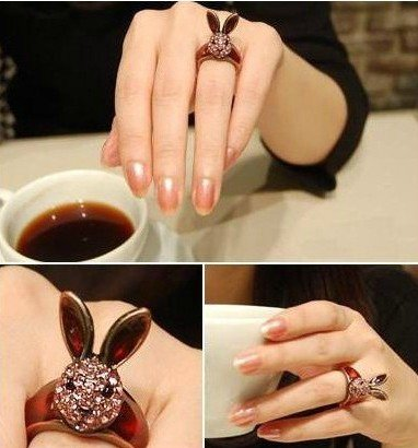 PRO Base special unique attractive Gloden Rabbit-head Ring with Shining Rhinestones Ideal Gift for Lover,Ladies,Wemen,Girl,Females,Fashionista ,Suitable for Party,Gathering,Business Gift
