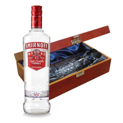 smirnoff-vodka-rouge-en-coffret-luxueux-avec-royal-scot-en-verre
