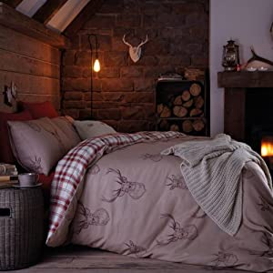 Catherine Lansfield Stag Double Quiltset - Multi