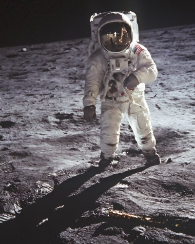 new-8x10-nasa-photo-buzz-aldrin-walks-on-the-moon-1969