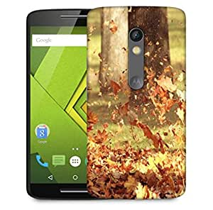 Snoogg Blowing Leaves Designer Protective Phone Back Case Cover For Motorola Moto X Play