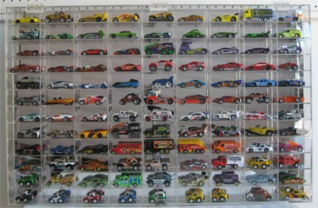 108 Hot Wheels/Disney Pixar Cars 1:64 Scale Diecast/Pixar Car Display Case, Redline