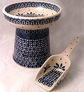 Polish Pottery Gift Set: Raised Cat Small Dog Dry Food Dish & Matching Kibble Scoop – Classic WA Old Poland