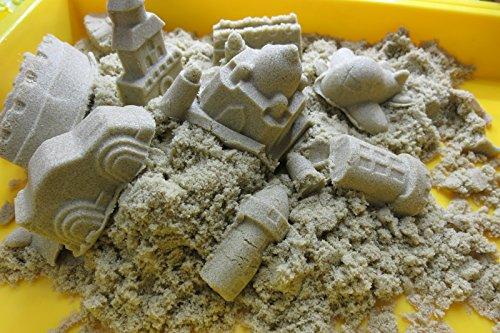マジックサンド 砂色のマジックサンド500gに、9個の砂型とハケ付です。 しかもトレー付きでお部屋を汚さない!!