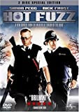 Hot Fuzz (2 Disc Special Edition) With Limited Edition Artcards (Exclusive to Amazon.co.uk) [DVD] [2007]