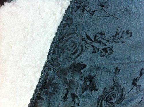 Queen Blanket Super Soft Plush Embossed Flower Sage Sherpa Blankets / Faux Fur Reversible Winter Throw Bedspread front-1013120