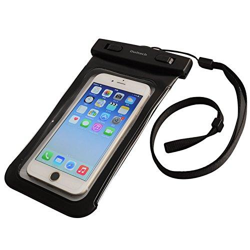 「iPhone 6 Plus」が入る防水ケース