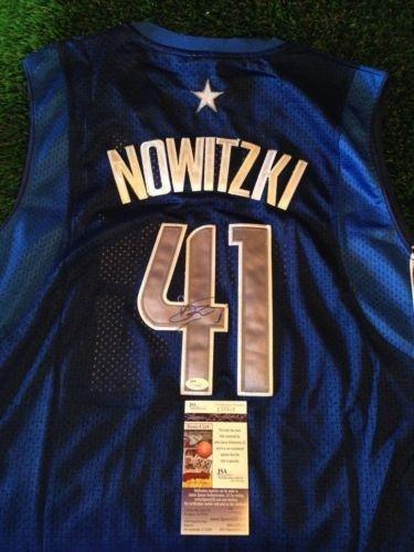 Dirk Nowitzki Autographed Jersey - Coa - Jsa Certified - Autographed Nba Jerseys