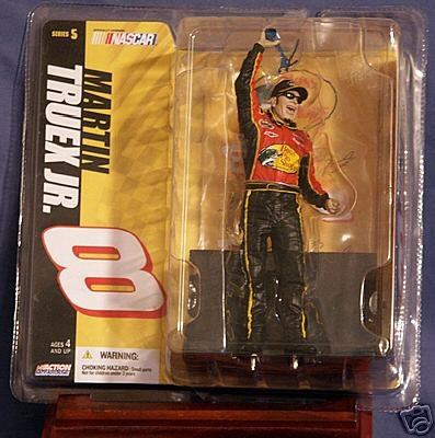 Nascar Bass Pro Shops Series 5 Martin Truex Jr. 8