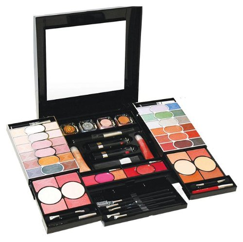 make up gift sets in Estonia