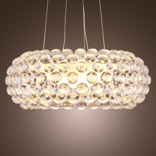 Room With Chandelier front-903437