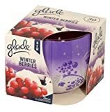 Glade Winter Berries Scented Candle 120g