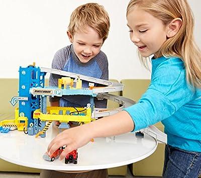 Matchbox 4-Level Garage Play Set by Matchbox