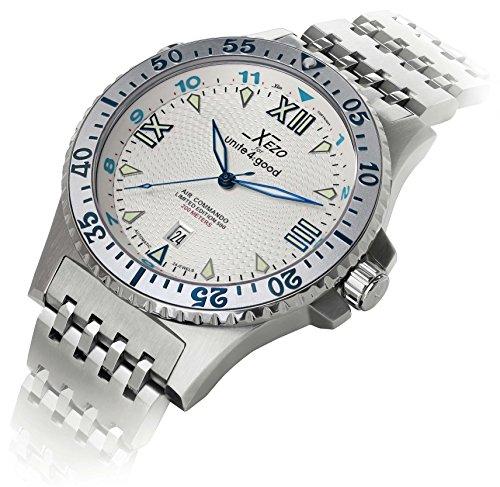 Xezo Men's Professional Pilot Diver Luxury Automatic 200 M WR Watch
