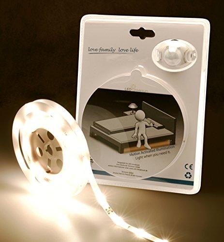 LED-Universum-LED-Bettbeleuchtung-warmwei-fr-ein-Einzelbett-mit-Bewegungsmelder-und-Helligkeitssensor-LED-Set-12V-mit-Netzteil-Bewegungssensor-2m-Lnge