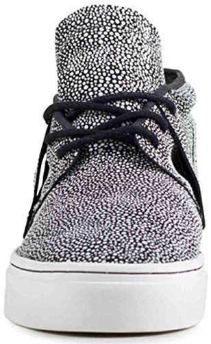 Clear Weather One-o-one Black White Stingray Size 10.5 US