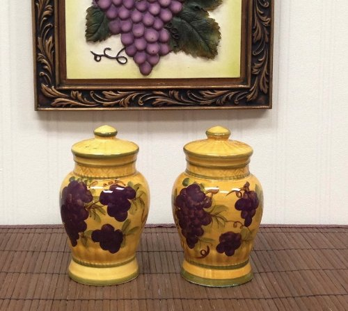 Salt & Pepper Shakers Tuscany Grape Wine Decor back-602023