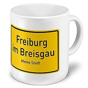XXL Jumbo-Städtetasse Freiburg im Breisgau - XXL Jumbotasse mit Design Ortsschild - Städte-Tasse, Städte-Krug, Becher, Mug