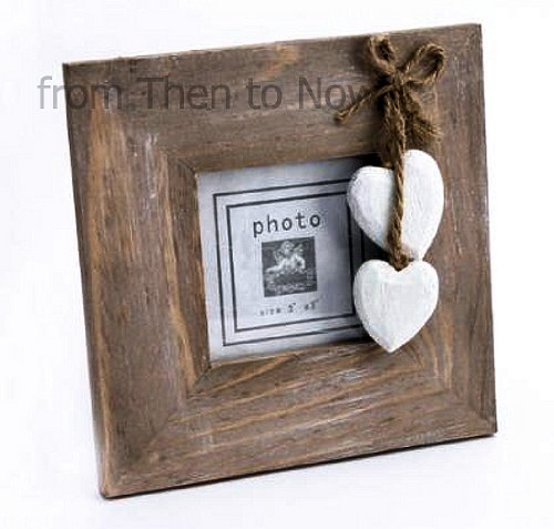 Chic & Shabby Natural Wooden Square Standing Photo Frame Hanging Cream Hearts