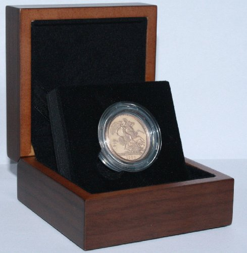 1962 Gold Full Sovereign - Luxury Walnut Presentation Case with Air Tight Coin Capsule