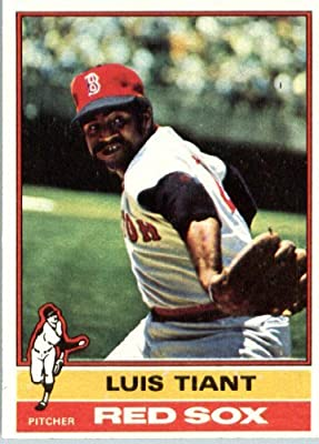 1976 Topps #130 Luis Tiant Boston Red Sox Baseball Card