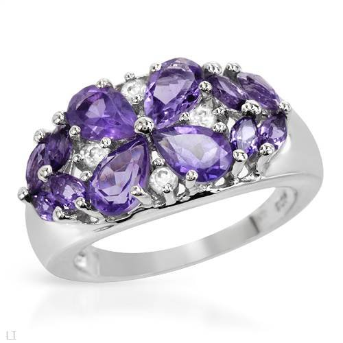 Ring With 2.20ctw Genuine Amethysts Beautifully Designed in 925 Sterling silver. Total item weight 5.2g (Size 6)