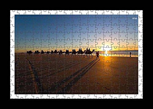 puzzle-style-pre-assembles-imprimer-mur-de-camel-caravan-on-the-sandy-beach-by-lisa-loft