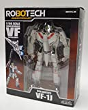 Robotech 30th Anniversary Rick Hunter VF-1J Transformable 1:100 Scale (Series 1) Action Figure
