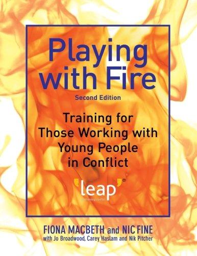 在玩火: 培训那些与年轻人在冲突中的工作