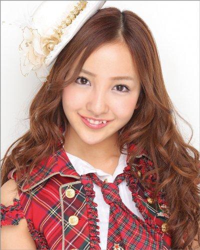 板野友美(AKB48) 2011年 カレンダー