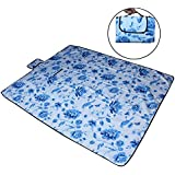 7Trees Foldable Dampproof Beach & Picnic Mat / Chatai - Pattern: Blue Leaf