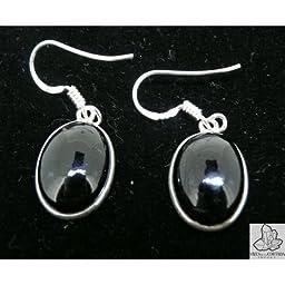 Silver Earrings oval shaped cabochon in Onix.