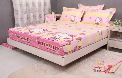 Queen Size Hello Kitty Bed Set
