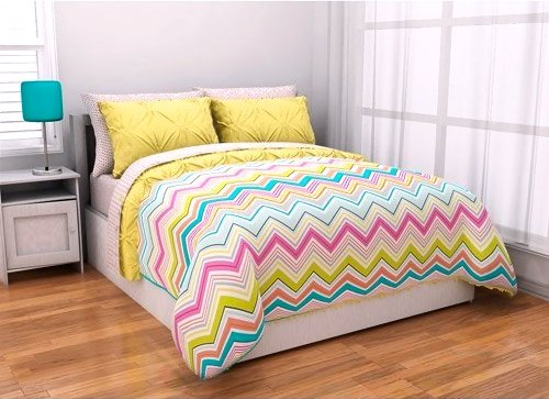 7Pc Adorable Girl Yellow Pink Aqua Green Reversible Chevron Queen Comforter Set (7Pc Bed In A Bag) front-6145