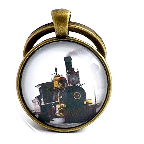 antique-bronze-effect-steam-train-white-keyring