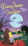 Dead and Loving It (0425207951) by Davidson, MaryJanice