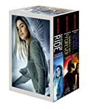 Maximum Ride Boxed Set: The Fugitives: The Angel Experiment/School's Out - Forever/Saving the World and Other Extreme Sports: 1-3
