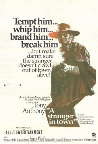 Un dollaro tra i denti / A Stranger in Town / ������ �������� � ��������� (1967)