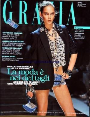 grazia-italie-no-32-du-10-08-2009-la-moda-e-nei-dettagli-caterina-murino-kenneth-branagh-giovanni-ma