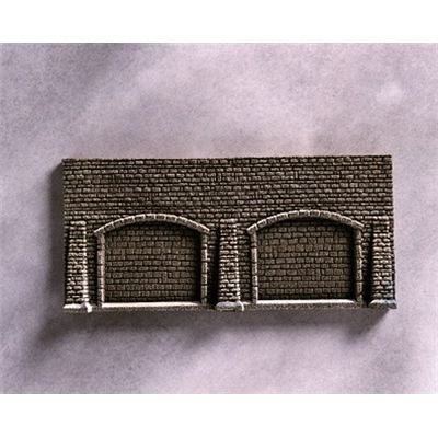 Noch 44920 Retaining Arcade Wall with 3 Butresses 13 x 7 cm - 1