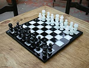 Onyx and marble chess set, 'Classic' - Marble Chess Set