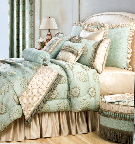 Jennifer Taylor 4 Pcs Comforter Set FORTUNE Collection