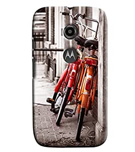 Blue Throat Two Cycle Standing Printed Designer Back Cover For Moto E2