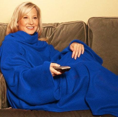 cosy-snuggle-fleece-blanket-with-sleeves-blue