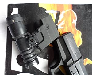 James Bond 007 - The World Is Not Enough - (Cap) Gun and Light Attachement - NO batteries/Caps included