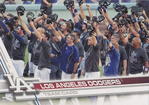 Los Angeles Dodgers 2017 Topps Complete Mint Hand Collated Team Set