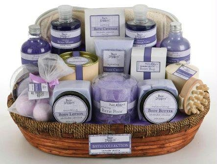 Bain D'esprit Bath Collection 18 Piece Gift Basket - Lavender Vanilla