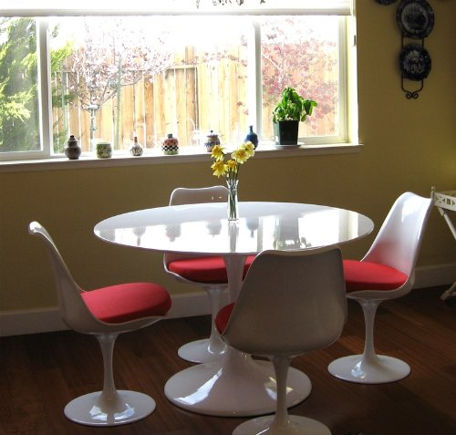 Eero Saarinen Style Tulip Dining Set - 48 Inch Tulip Table + 4 Chairs