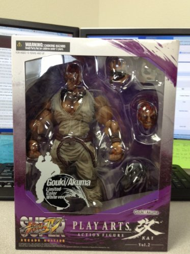 Super Street Fighter IV Akuma / Gouki White Variant Play Arts Kai Action Figure ultra street fighter iv